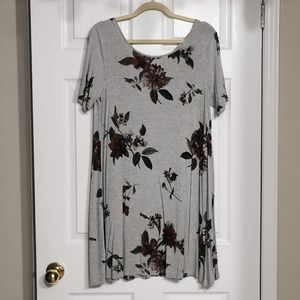 NWOT Reitmans Floral Two Way Stretch Dress